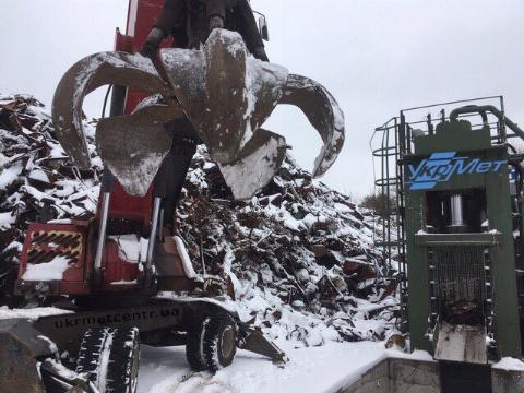 До середини тижня, повідомляють в Укргідрометцетрі, пройдуть дощі з мокрим снігом