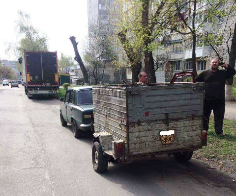 На Київщині затримано водія легковика, який перевозив металобрухт. Консультація юриста2