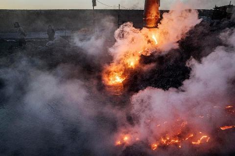Подпольные сталелитейные заводы в Китае3