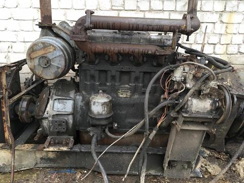 Двигун з редуктором та генератором2